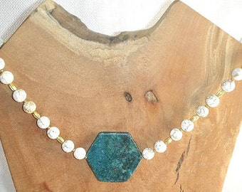 Special White Turquoise & Green Jasper Necklace Sophisticated Necklace Bold and Beautiful Green White Gold Dramatic