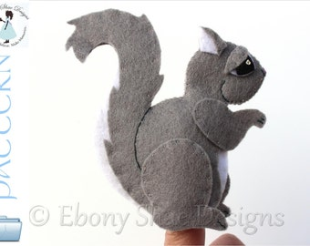 Felt Squirrel Finger Puppet PATTERN. Instant Download PDF sewing Pattern.