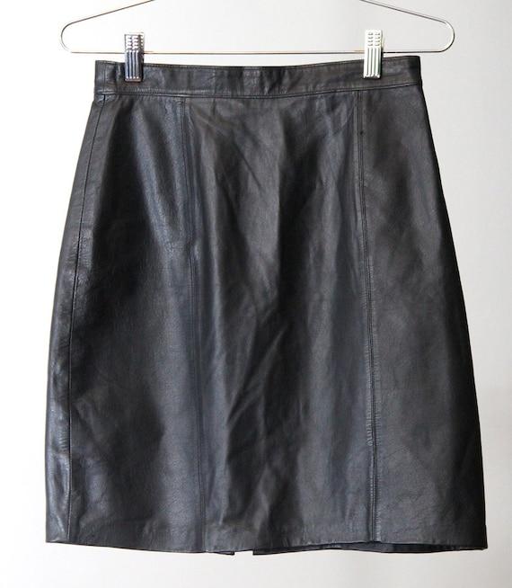 90s high waisted black leather skirt