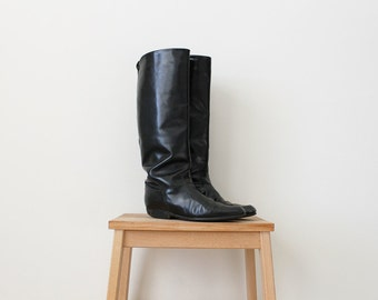 1980s Vintage Tall Black Riding Boots • On The Run Black Boots • Sz. 8
