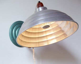 Industrial Wall Lamp 'Anchiale' | Repurposed