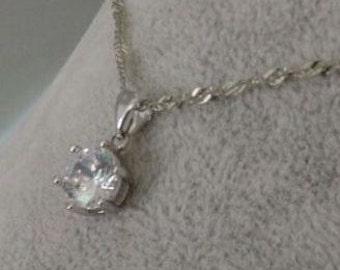 Necklace,Six claw zircon bright pendant,eight arrows series