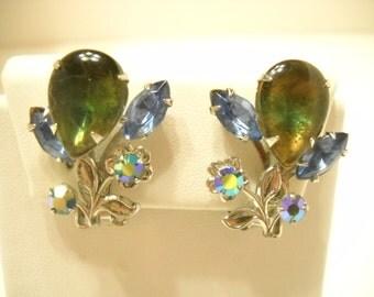 Vintage Blue Rhinestone & Blue Aurora Borealis Clip Earrings (8587)