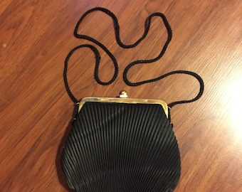 CLAMSHELL 60s Elegant Pleated Clutch Purse