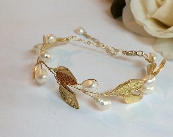 Pearl wedding bracelet, bridal jewelry bracelet, wedding jewelry bracelet, wedding bangle bracelet, gold bracelet, bracelet bridal