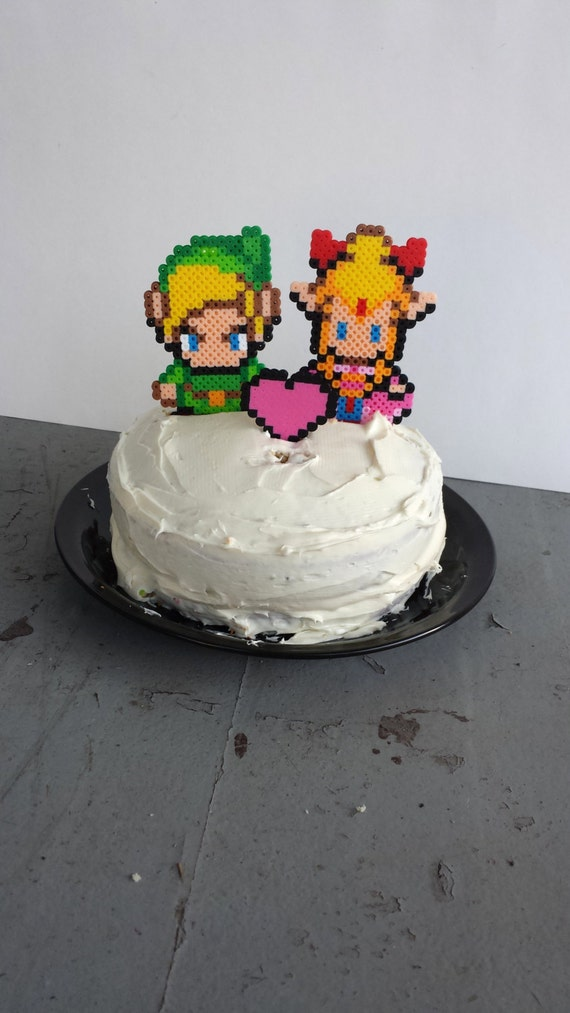 Zelda Cake Decor : Cake Toppers Link and Zelda Wedding Cake Topper Set