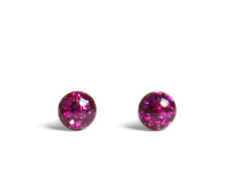 Pink stud earrings 4mm - Magenta pink Stud earrings with chunky pink glitter made from hypoallergenic stainless steel 0.16 inch