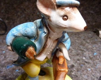 JOHNNY TOWN MOUSE Schmid Beatrix Potter Music Box With Book