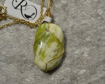 Washington Serpentine gold wire wrapped pendant