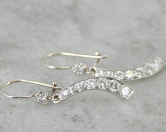 Diamond And Platinum Drop Earrings From The Retro Era N8L41D-R