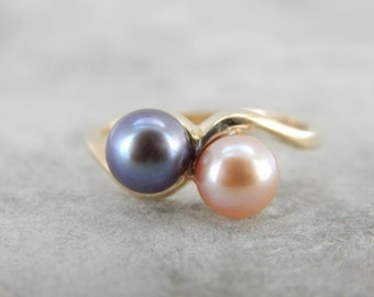 Sweet Sixteen, Pretty in Pink And Grey Pearl Bypass Ring  9FMHVH-R
