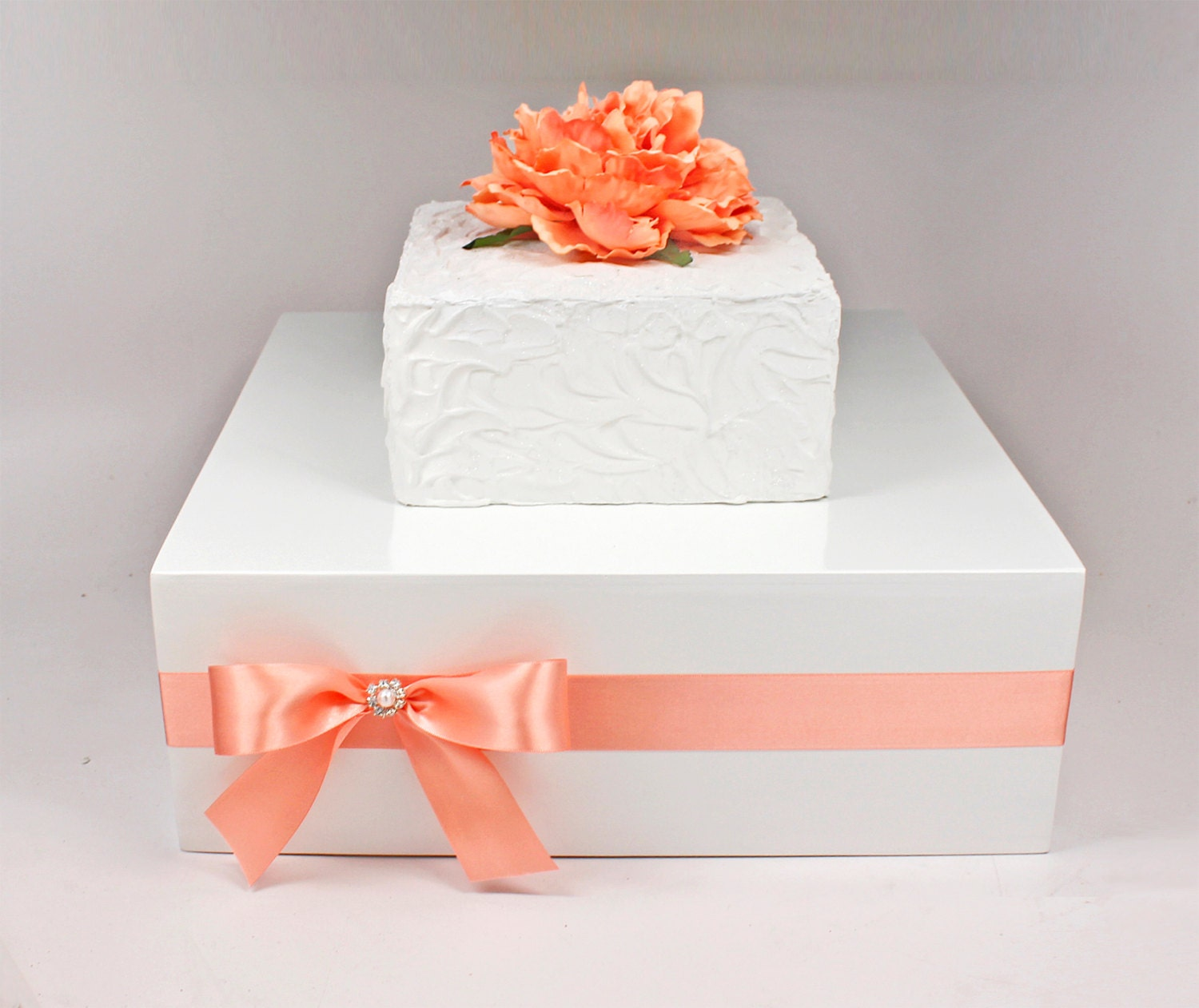 box wedding cake stand coral amp white wooden wedding cake stand box with rhinestone 12115