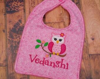 Personalized Owl Bib, - Monogrammed Appliquéd Bib, - Reversible Embroidered Baby Bib, - Baby Shower Gift