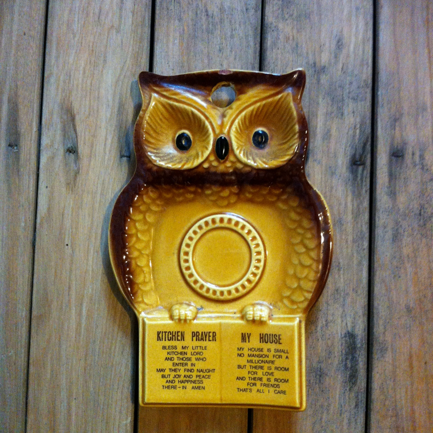 Vintage owl ceramic home decor kitchen by thesuitcasearchaic Owl kitchen accessories