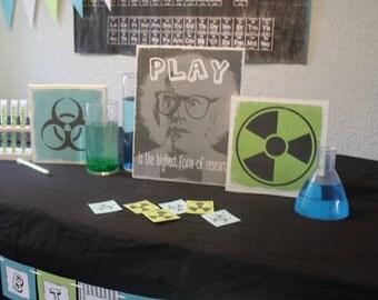 Crazy scientist party decorations
