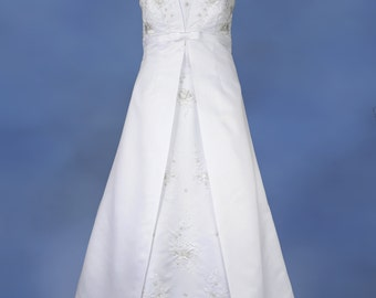 Size 18 Strapless A-Line Wedding Dress Gown in White Satin w/Court Train, Embroidery & Beads Near Mint