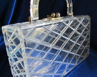 Vintage Clear Raised Beveled Diamond Cut Lucite Box Style Purse B52
