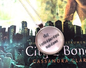 The Mortal Instruments 'eBay' Quote Necklace - Clary Fray