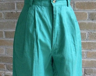 90's High Waisted Green Shorts / Deadstock / New Old Stock / Vintage High Waist Green Shorts by JJ Fargo 9/10