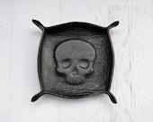 skull leather tray / catch all / ring tray / dresser organizer / valet tray / jewelry bowl / jewelry organizer / unisex / mens womens / gift