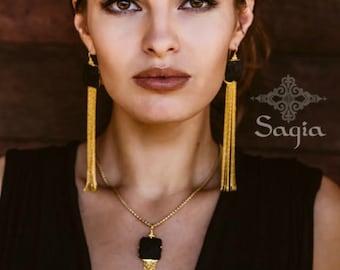 Black And Gold Earrings, Long Chain Earrings, Long Dangle Earrings, Lava Earrings, Statement Earrings, Boho Earrings, Elegant Earrings