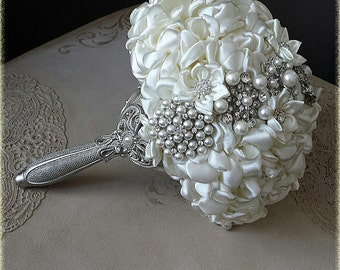 Vintage Bridal bouquet off white