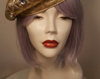 FREE  SHIPPING   1980 Gold Beret