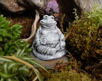 Frog Statue,Meditating Frog, Buddha Frog,Yoga Frog Statue,Miniature Zen Garden Statue,Frog Buddha Statue,Outdoor Zen Garden Decor,Concrete