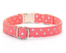 Polka Dot Dog Collar // Size S-M // Adjustable Length // Fabric: Silver Dots on Coral with Metal Buckle