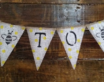 Hand Painted Mommy To Bee Burlap Banner, Bee Baby Shower Decor, Bumble Bee Shower, Bee Banner, Baby Shower Banner