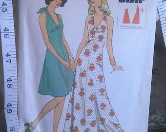 "Vintage 1970s 'Style' Sewing Pattern- Halterneck Dress- Size 10 Bust 32""/83cm"
