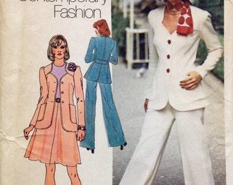 Simplicity 6104 UNCUT Unlined Jacket, Short Skirt and Pants