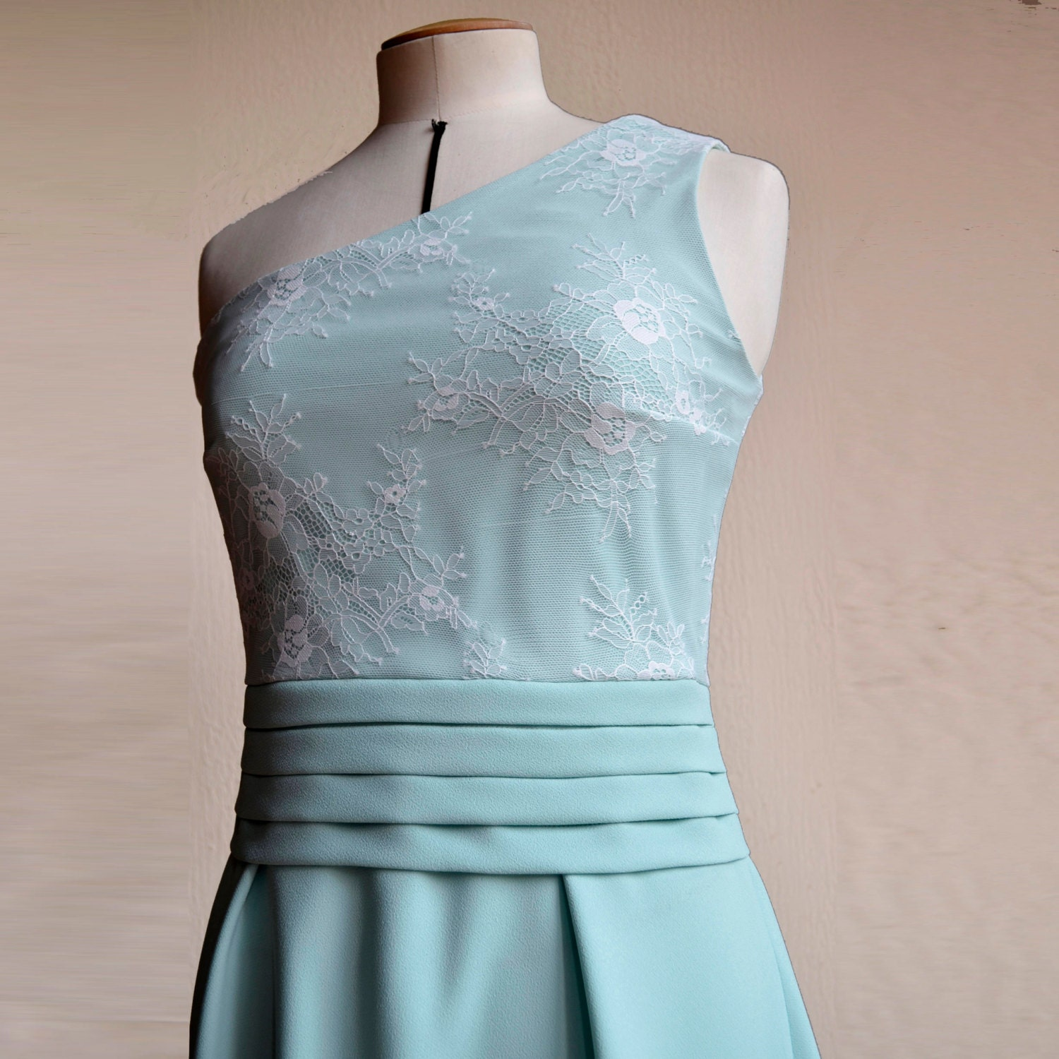 Robe bustier cocktail