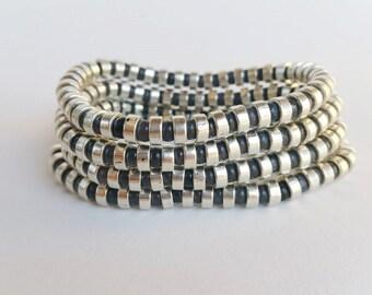 Beadwork Beaded bracelets - stone beads - black bracelet - black jewelry - stretch bracelet - layering bracelets - boho chic bead bracelets