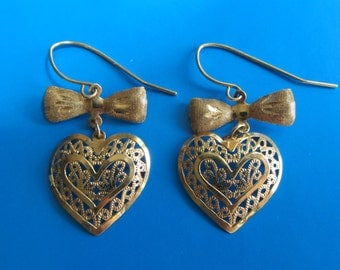 14k Gold Bows and Hearts Dangle Earrings 1.14g