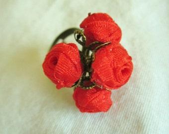 Designer ring Amalia red roses