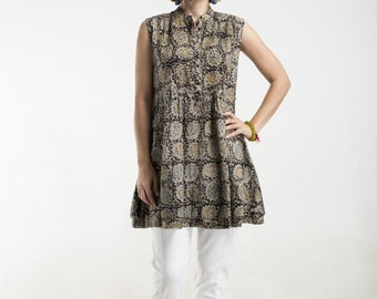 tan paisley kalamkari cotton tunic with side buttons and double hem