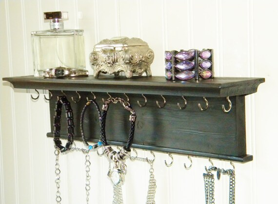 24 collier bracelet porte bijoux par barretthillwoodcraft sur etsy. Black Bedroom Furniture Sets. Home Design Ideas
