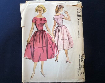 1958 Fit and Flared Dress Uncut Vintage Pattern, McCalls 4527, Size 16, Bust 36