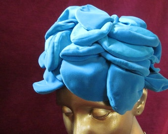 """Vintage Teal Petal Hat by Designer """"Jania Hats"""" for Carson Pirie Scott & Co Chicago, Il  1950's"""