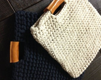 Chunky crochet bag with real leather handles, crochet case, trendy crochet bag, real leather and chunky crochet handbag,
