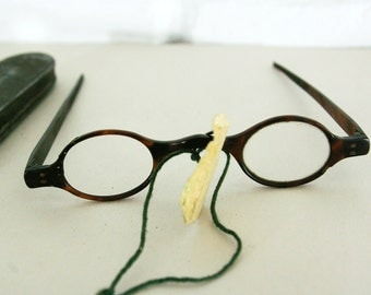 18th Century Wig Spectacles Tortoise Shell // Antique Glasses Includes Metal Case // Eyewear 1700s
