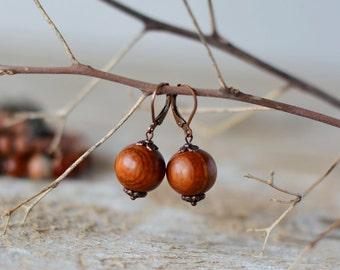 Brown wooden earrings 15 mm wood earrings copper earrings wooden jewelry nature earrings botanical jewelry autumn jewelry boho earring