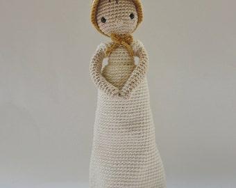 Elizabeth Bennet - Crochet Pattern by {Amour Fou}