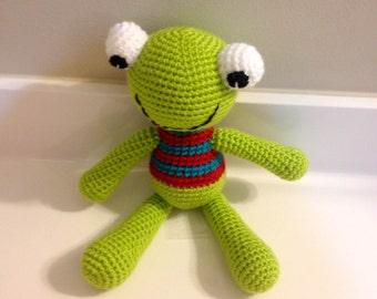 Crochet Frog: Freddie, the Frog afraid of water