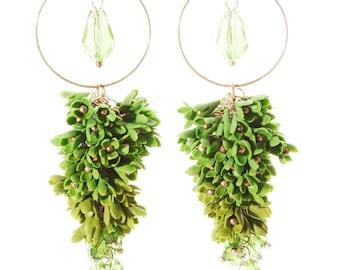 Green earrings, Dangle earrings, flower earrings, crystal earrings, romantic earrings, gift for her, floral earrings, jewelrylimanska