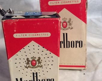 MARLBORO Transistor Radio with Box Vintage 1970s