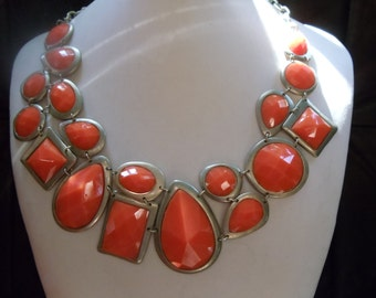 Statement necklaces vintage orange geometric shapes