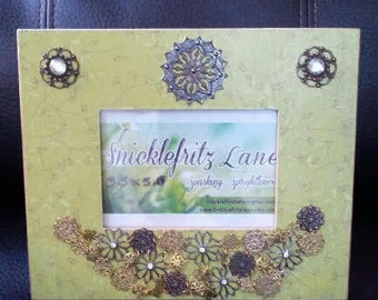 Picture Frame/3.5x5 Photo/Brown and Green/Jewelry/Necklace/Table Frame/Handmade/Embellished/Photo Frame/Rhinestones