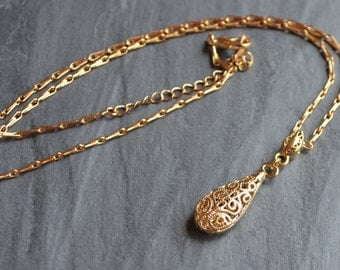 Gold Filigree Drop Necklace - Swirl Lace Classic Style Dangling Teardrop Pendant